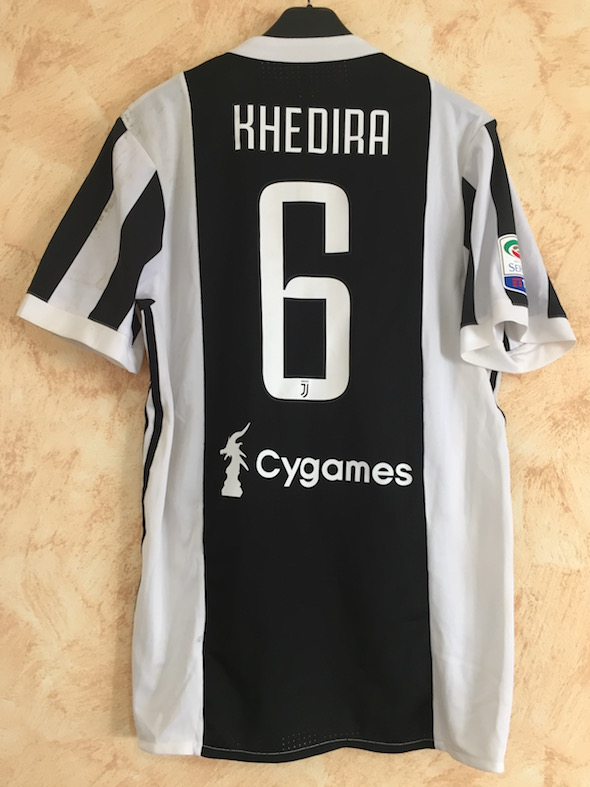 1638e647952 Juventus FC Shirts collection