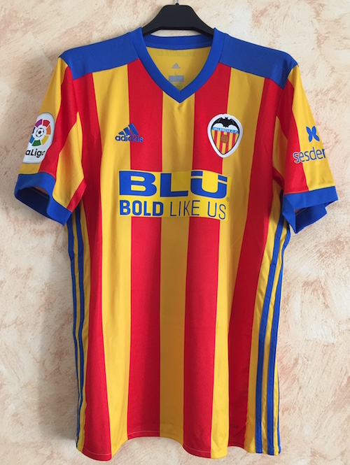 84dc63ae308 Home 2018-19 n. 9 Kevin Gameiro issued for a Spanish League match -  Centenary shirt