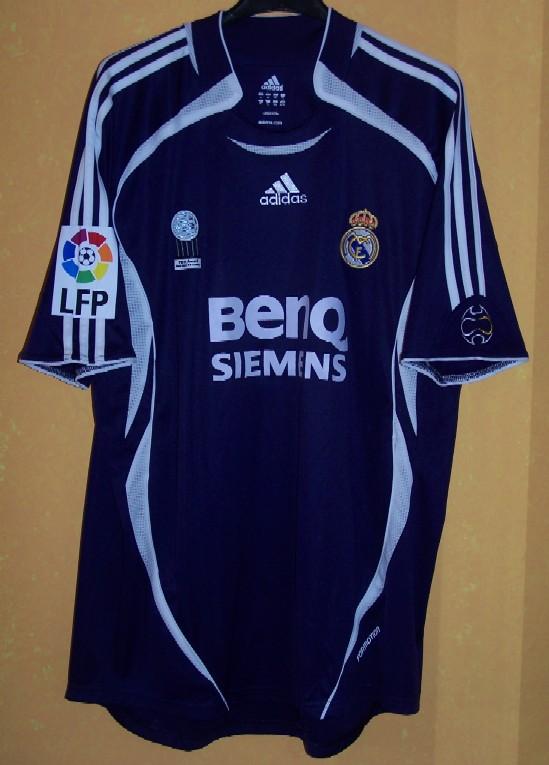 cheap for discount 369c0 dbc3b REAL MADRID C.F. Shirts